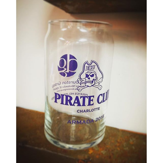 Check out these custom glasses we donated for the @charlottepirateclub armada! #CustomEverything #Dunstangroup #Ecu #glass #followme #cool #awesome #pirates #love #704 #clt #promo @ecuathletics @ecu_football